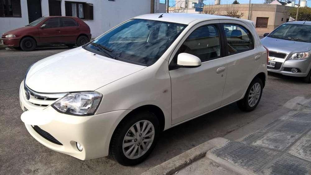 Toyota Etios 2014 - 30387 km