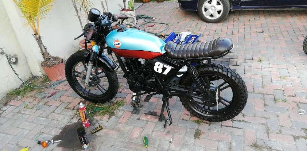 Vendo Cafe Racer Gulf Model 150cc