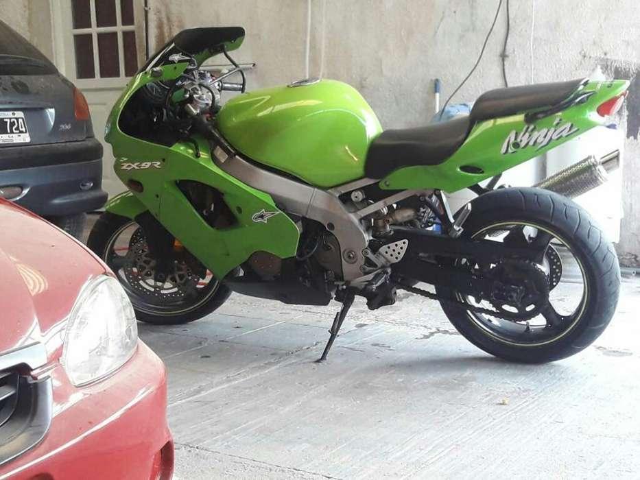 Vendo O Permuto Kawasaki Zx9r