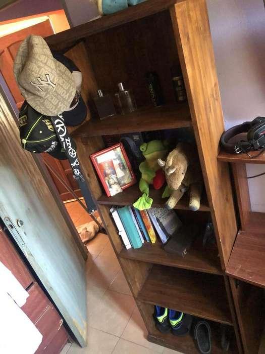 Mueble de Pino Estante
