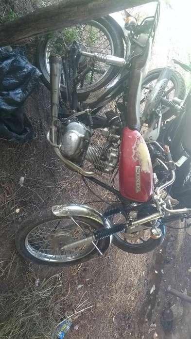 Vendo Moto Honda Teléfono 913925133