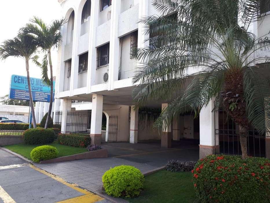 Venta Consultorio Médico Vieja Kennedy, Cedipe 2, sector Policentro
