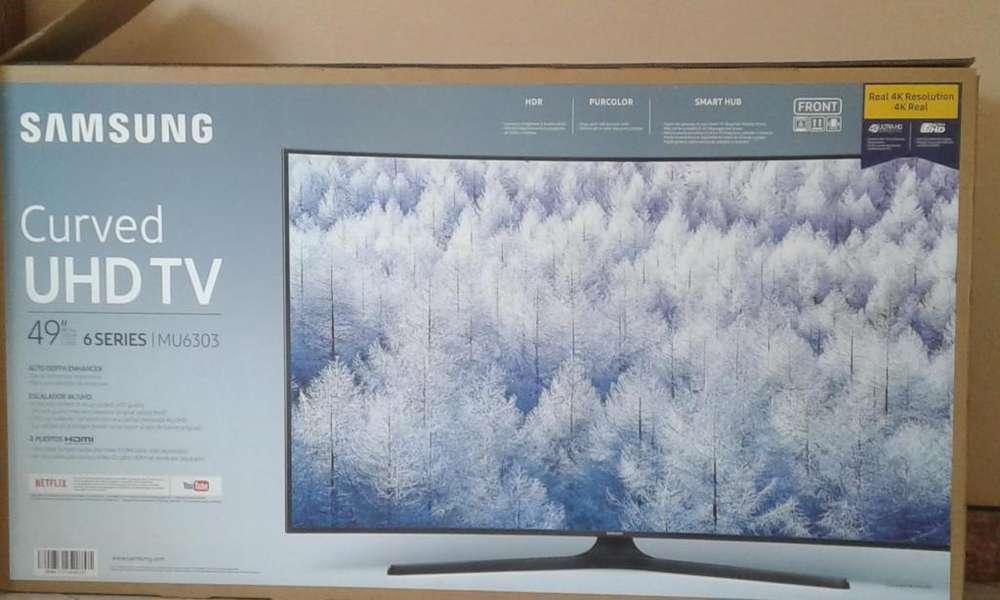 Vendo TV UHD Curvo 49'' Samsung