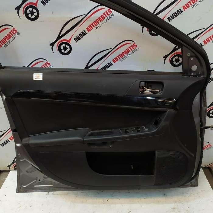 Tapizado Puerta Delantera Izquierda Mitsubishi Lancer 2850 Oblea:02870276