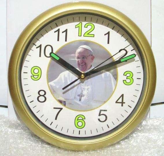 Reloj Grande Dorado Papa Francisco NUEVOENVIO GRATIS