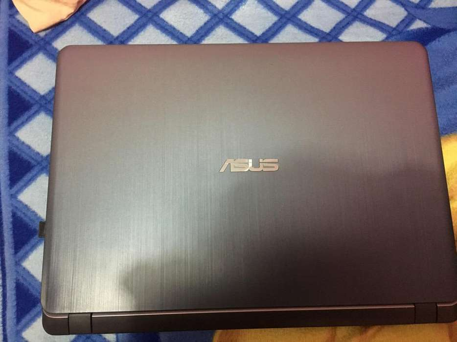Laptop Asus X507m