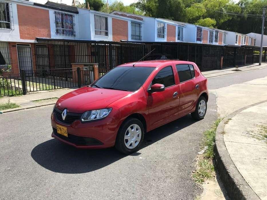 Renault Sandero 2019 - 20000 km