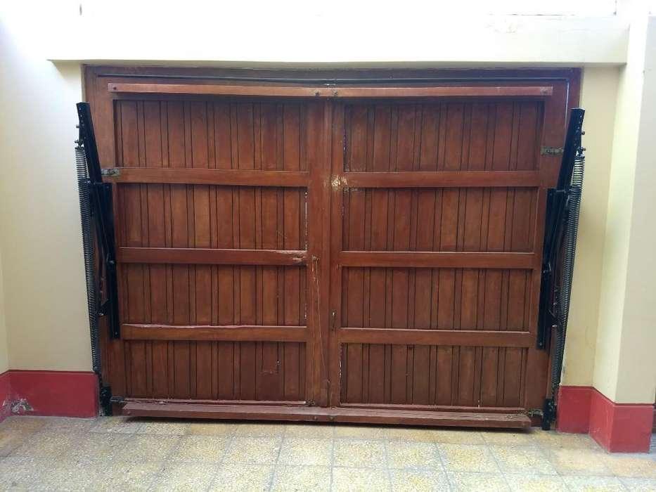 Portón para Cochera Y Puerta Principal