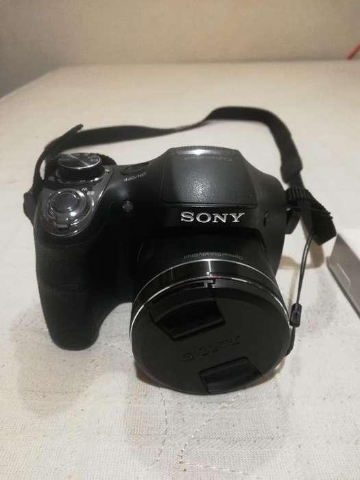 Cámara Semi-profesional Sony