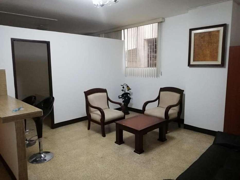 Renta de suite, en el centro, calle Chimborazo, cerca al parque de las iguanas