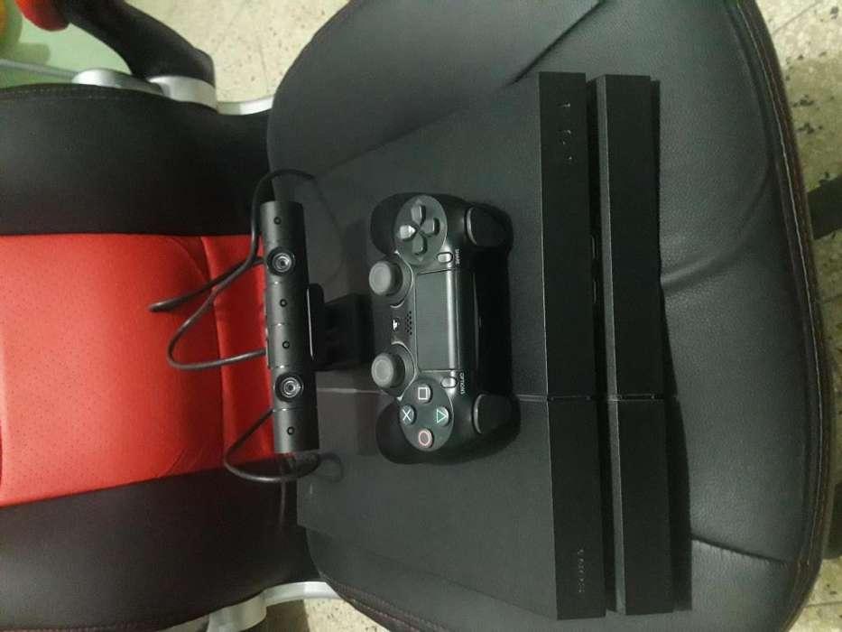 Vendo PS4, juegos y accesorios.