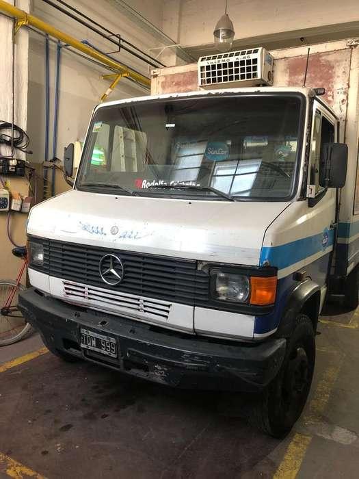 Camion M.Benz 709 1992