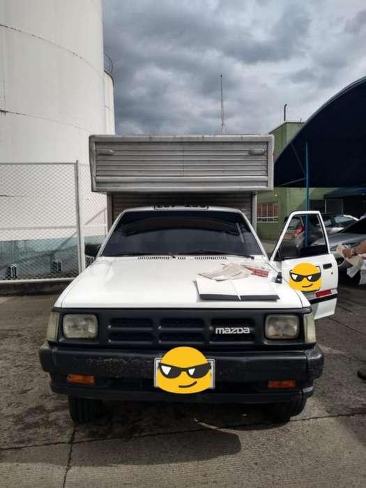 Camioneta Furgon Mazda B2200