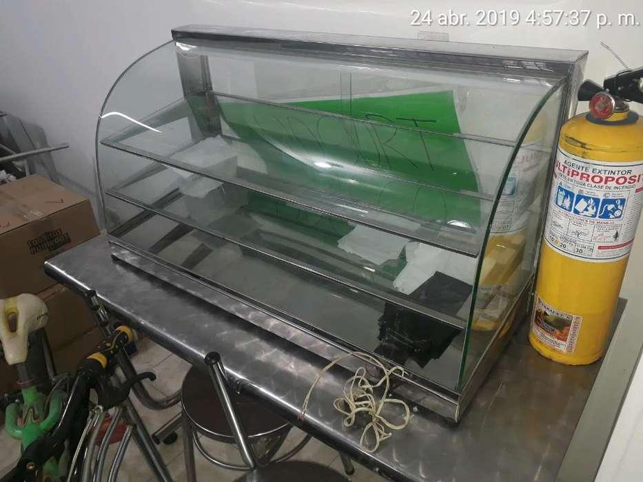 Vendo Vitrina con Calefaccion