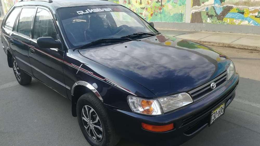 Toyota Corolla 1995 - 330000 km