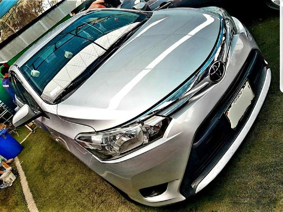 Toyota Yaris 2017 - 17000 km