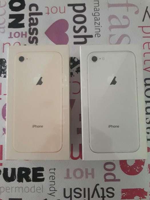iPhone 8 Nuevos en Caja Sellada. Libre.
