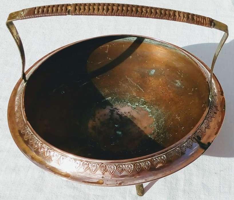 Antiguo bracero de cobre y bronce