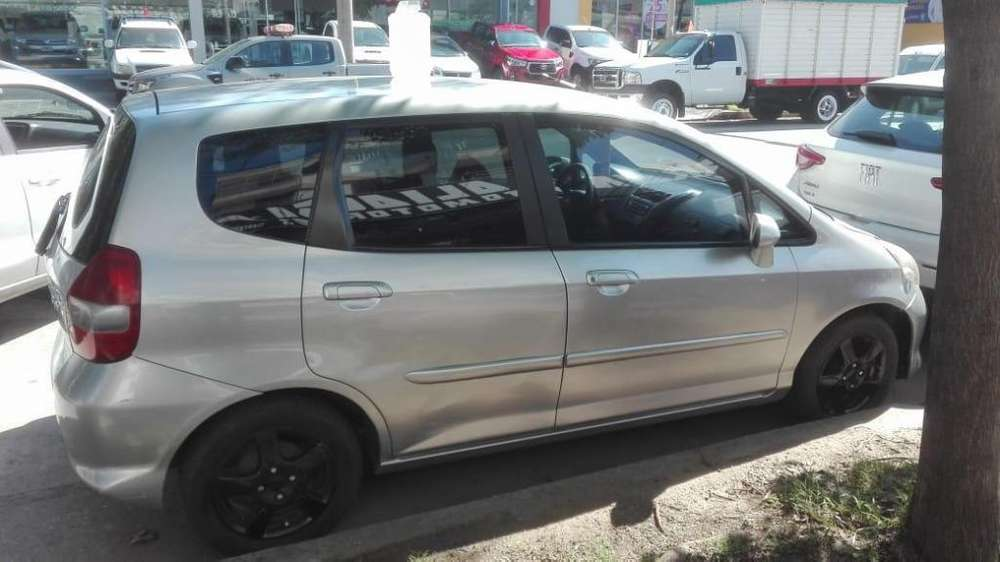 <strong>honda</strong> Fit 2006 - 190000 km