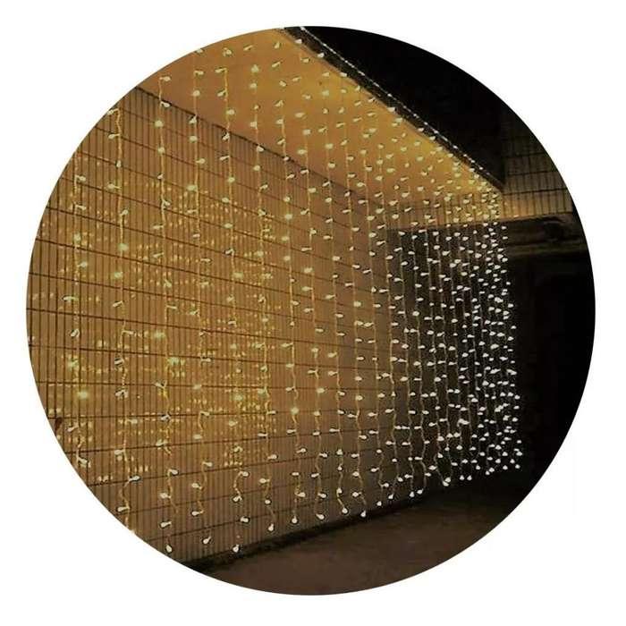 Alquiler de <strong>cortinas</strong> de Luces 3mtr