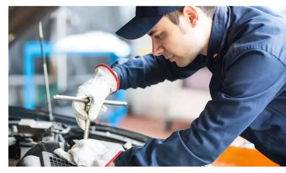 Mecanico y electricista automotor