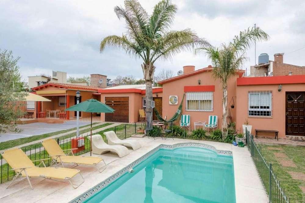 sb88 - Complejo para 2 a 7 personas con pileta y cochera en Villa Carlos Paz