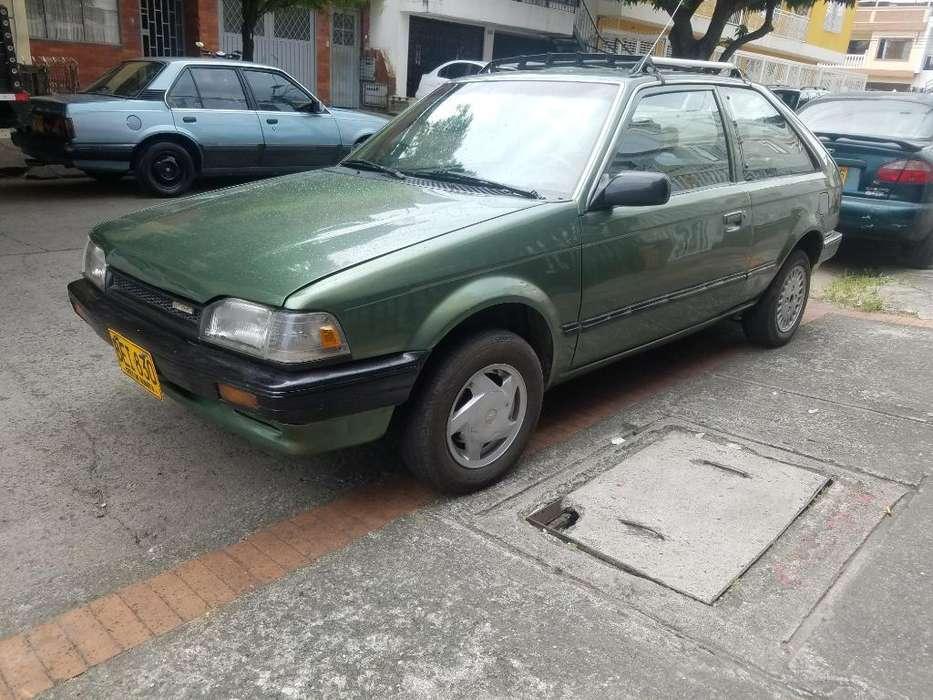 Mazda 323 1994 - 180000 km
