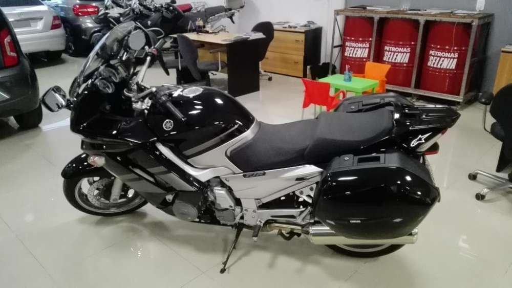 Yamaha FJR 1300 Impecable