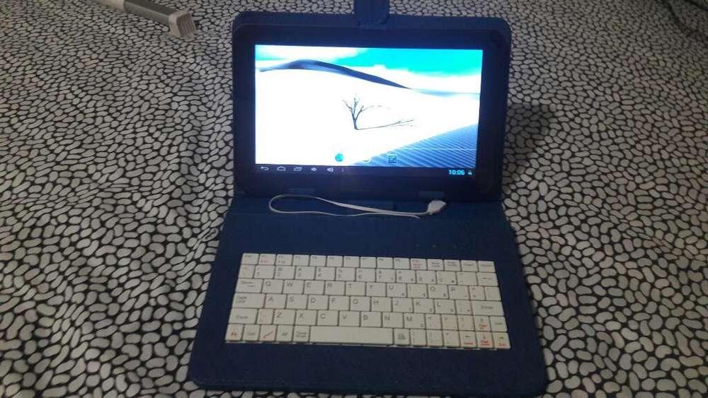 Se Vende Tablet Iview 900tpc con Teclado