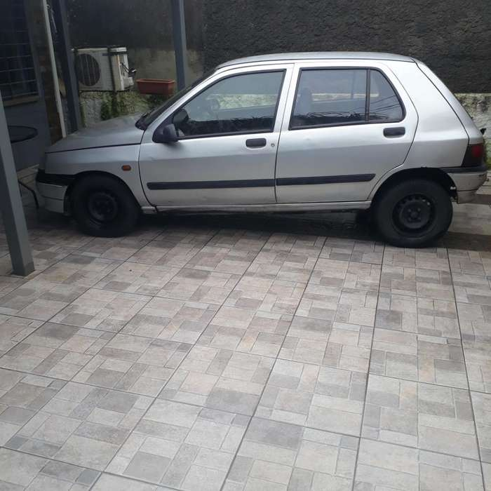 <strong>renault</strong> Clio  1994 - 10000 km