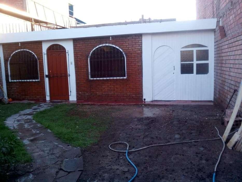 Alquilo casita independiente en Jose Luis Bustamante y Rivero