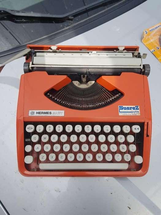 Maquina de Escribir Baby Hermes