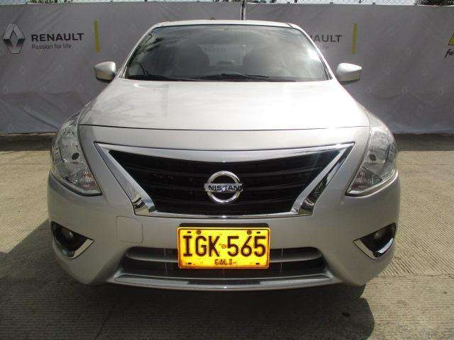 Nissan Versa 2015 - 50000 km