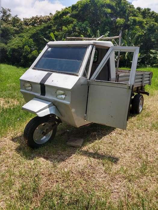 Motocarro Roa 1966 con Motor de Chevette