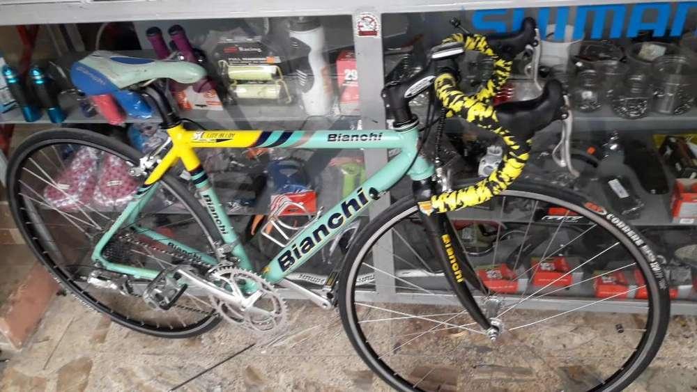 Vendo Bicicleta Bianchi de Carreras