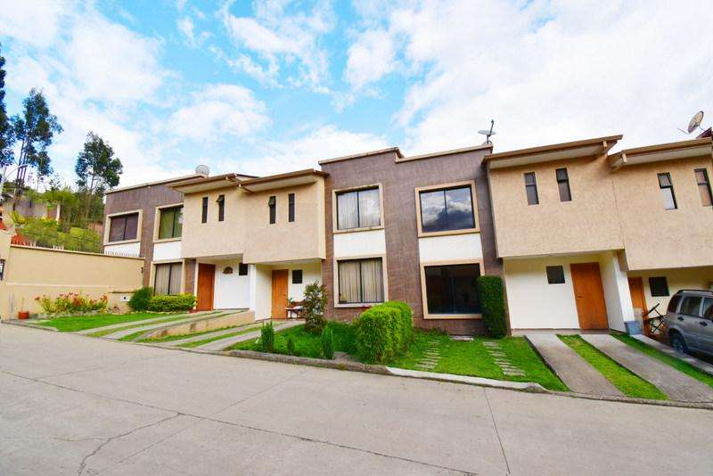 Casa en Arriendo 3 dormitorios sector rio amarillo