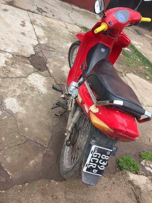 Moto Guerrero Dl