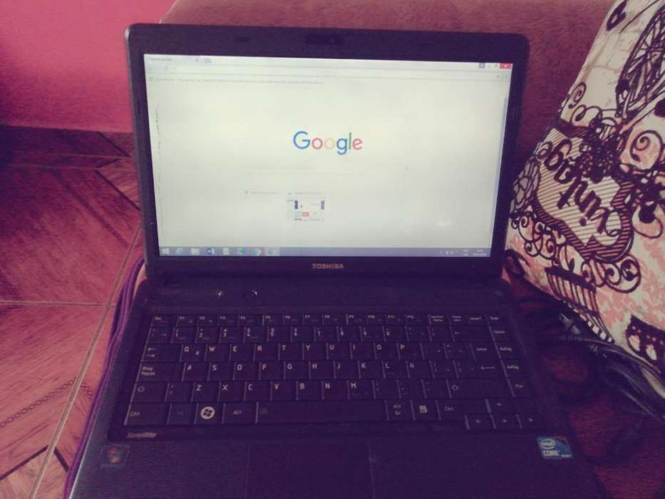 Vendo Laptop Toshiba