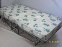 Fábrica y venta de camas plegables con colchón de 13cm