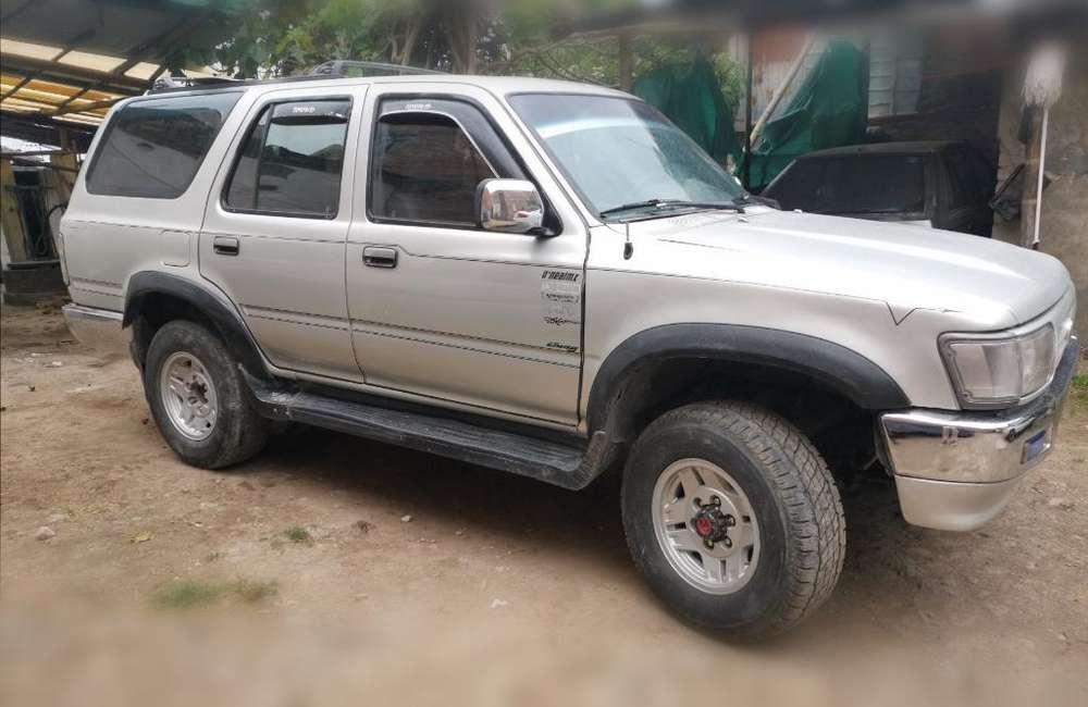 Toyota 4Runner 1992 - 200000 km