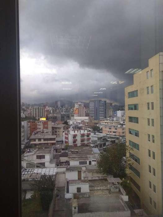 Oficina comercial de venta o renta en sector La Carolina, Mall el Jardin, Inglaterra y República, Centro Norte de Quito
