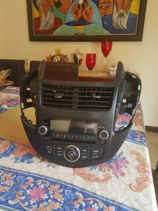 Vendo Radio para Chevrolet Tracker