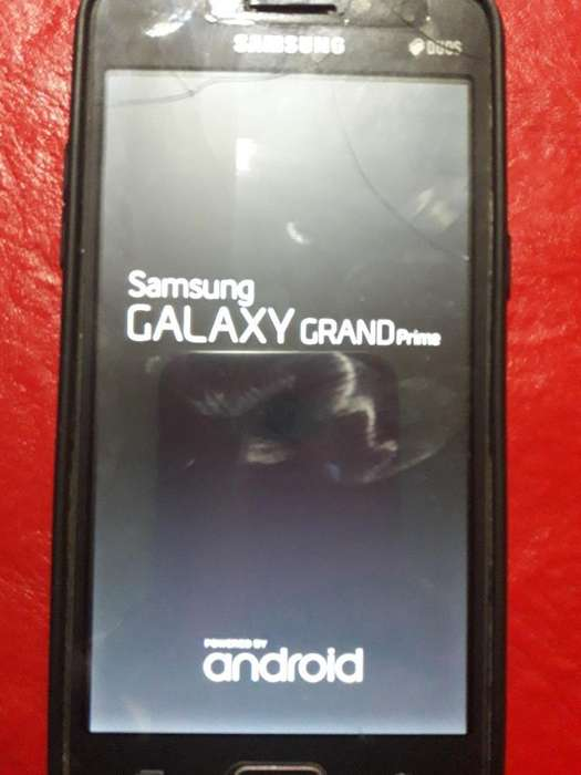 Vendo Celular 4000 en Perfecto Estado