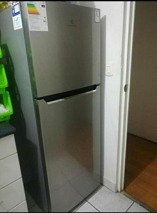 Refrigeradora Indurama Ri-379 Nueva