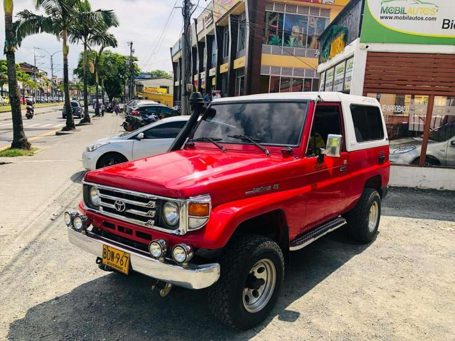 Toyota Land Cruiser 1994 - 252000 km