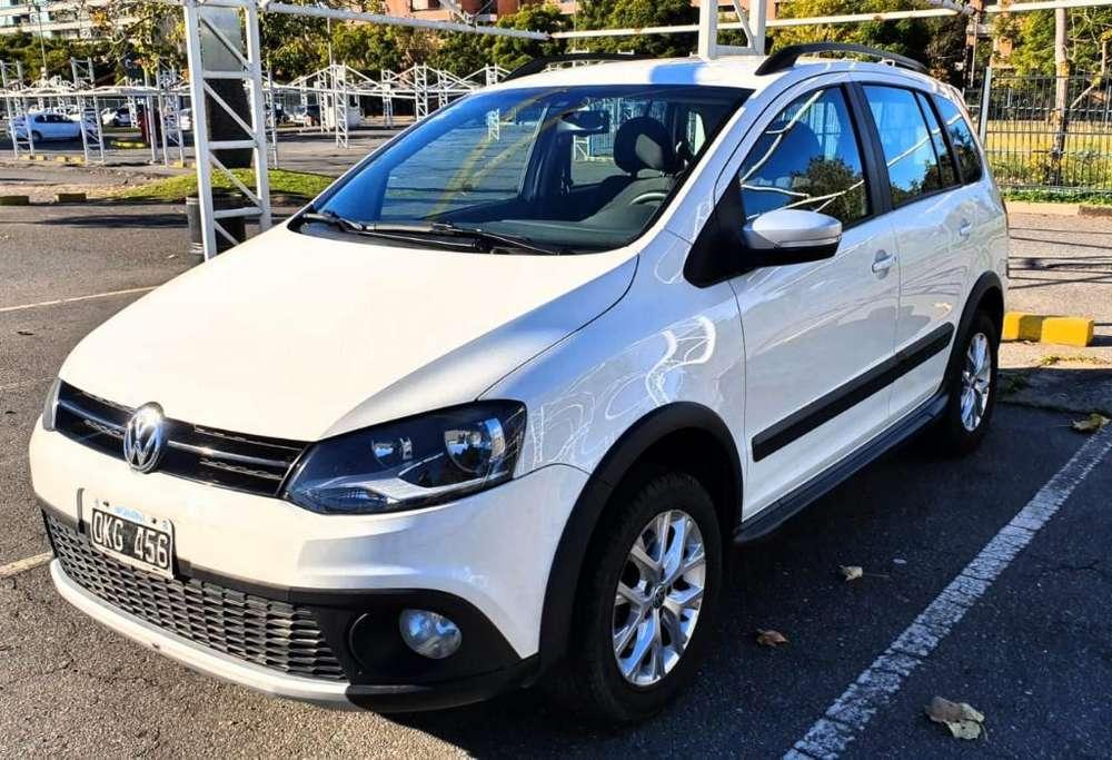 Volkswagen Suran Cross 2014 - 44000 km