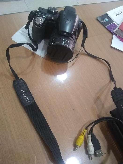 Camara Fujifilm semipro