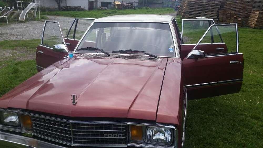 Ford Otro 1978 - 100000 km
