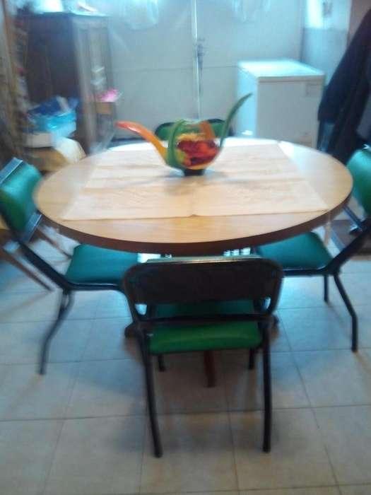 imperdible impecables mesa de maderay 4 sillas simet horiginales nuevas