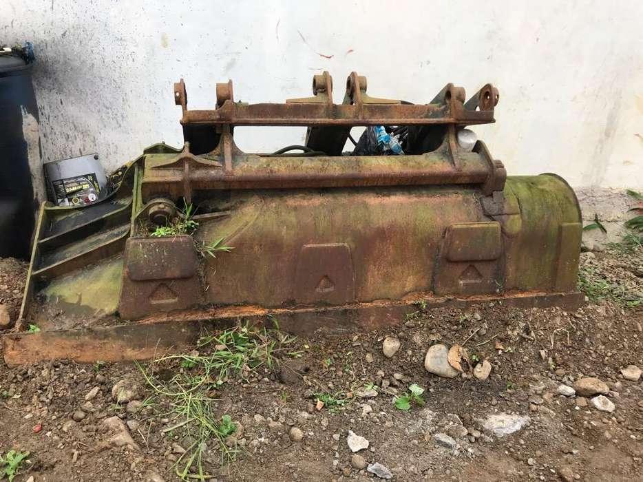 Cargador Frontal de Gallineta 410 G